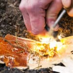 how to use magnesium fire starter